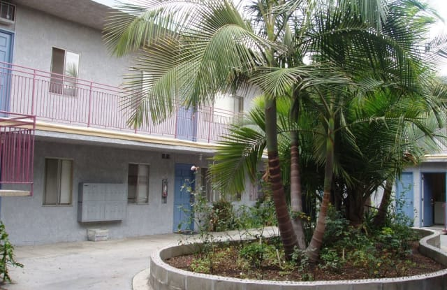 6890 Paramount Blvd. 11 - 6890 Paramount Boulevard, Long Beach, CA 90805
