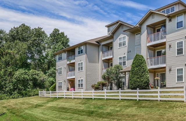 The Residences at Westborough Station - 100 Charlestown Meadows Dr, Westborough, MA 01581