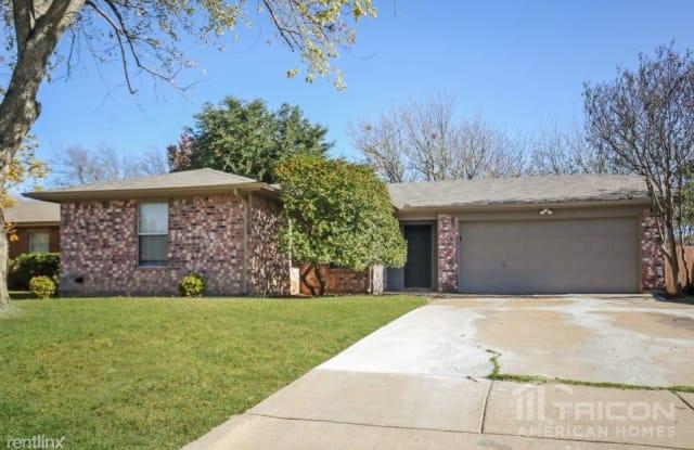 629 S Waxahachie Street - 629 South Waxahachie Street, Mansfield, TX 76063