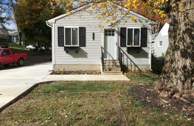 132 Maudlin St - 132 Maudlin Street, Novi, MI 48377