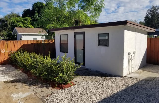 1756 NW 94th St - 1756 Northwest 94th Street, West Little River, FL 33147