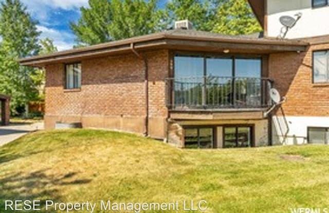 509 N Bright Ct. 509 N 700 W #5 - 509 Bright Court, Salt Lake City, UT 84116