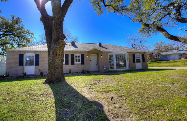 3454 Guadalupe Rd - 3454 Guadalupe Road, Fort Worth, TX 76116