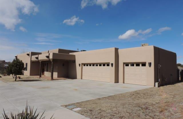 85 Bosquecillo - 85 Bosquecillo, Santa Fe County, NM 87508