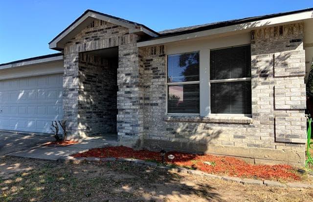 2713 Vasey Oak Drive - 2713 Vasey Oaks Drive, Little Elm, TX 75068