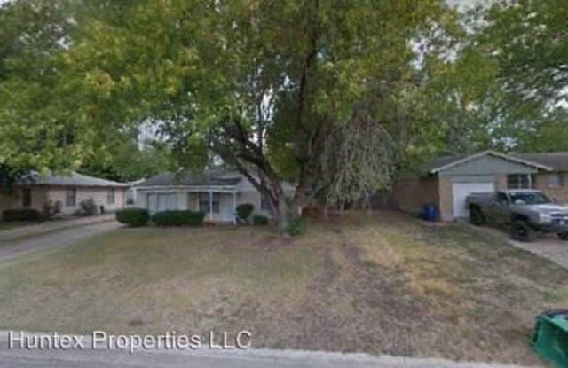 5403 Roberts - 5403 Roberts Street, Greenville, TX 75402