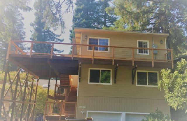 16012 Drake Rd 1 - 16012 Drake Road, Guerneville, CA 95446