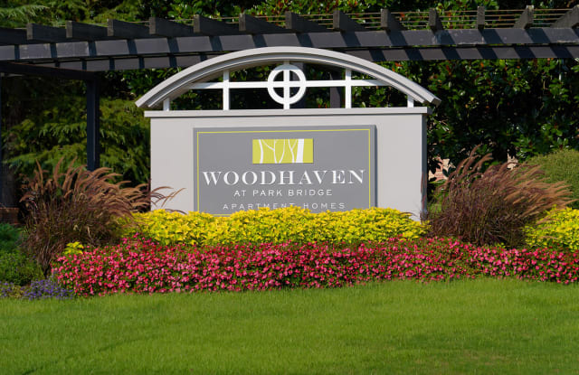Woodhaven at Park Bridge - 15000 Parkview Ln, Alpharetta, GA 30005