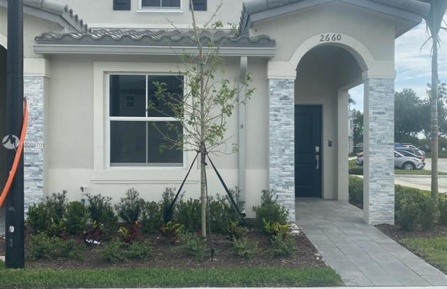 2660 SE 15th Street - 2660 SE 15th St, Homestead, FL 33035
