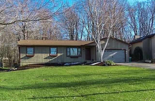 9588 Hoose Rd - 9588 Hoose Road, Mentor, OH 44060
