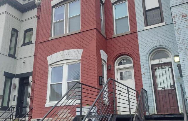 20 Q STREET NW - 20 Q Street Northwest, Washington, DC 20001