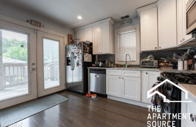 2651 W Armitage Ave 1 - 2651 W Armitage Ave, Chicago, IL 60647