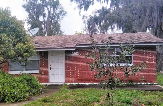 1057 Cherry Ln - 1057 Cherry Lane, Medulla, FL 33811