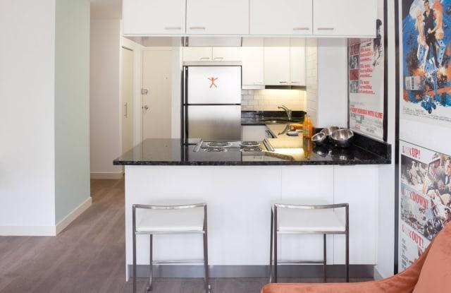 Algonquin Apartments - 1606 E Hyde Park Blvd, Chicago, IL 60615