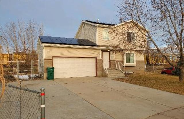 495 North 200 West - 495 North 200 West, Clearfield, UT 84015