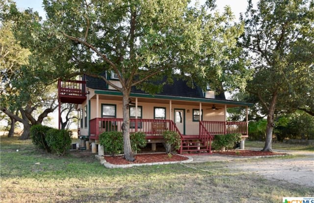 8425 FM 1979 - 8425 Farm-to-Market Road 1979, Guadalupe County, TX 78655