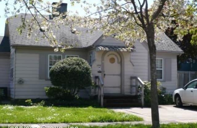 592 E. 15th - 592 East 15th Avenue, Eugene, OR 97401