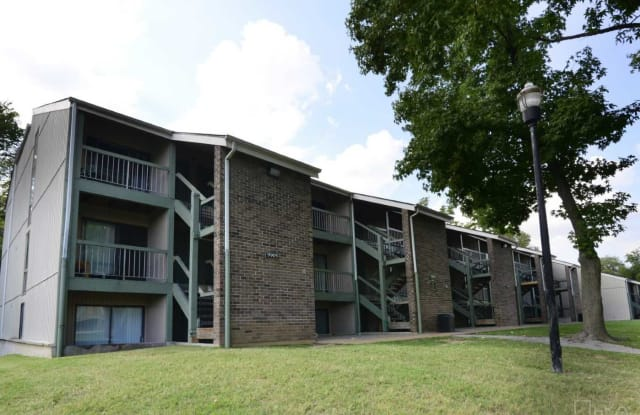 Nico Terrace - 2155 Hecht Dr, St. Louis, MO 63136