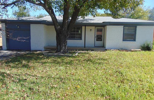 809 Ala Drive - 809 Ala Drive, White Settlement, TX 76108