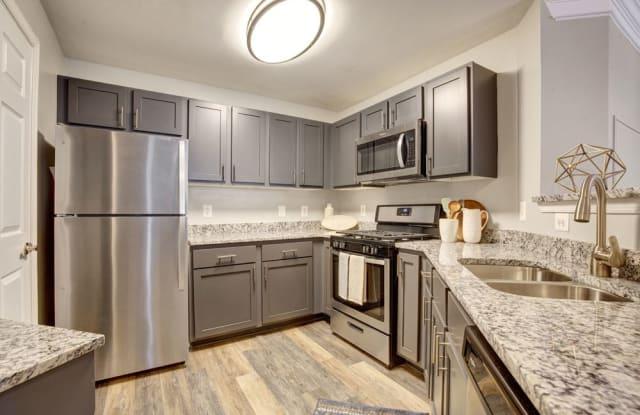 Dulles Greene - 2150 Astoria Cir, Herndon, VA 20170