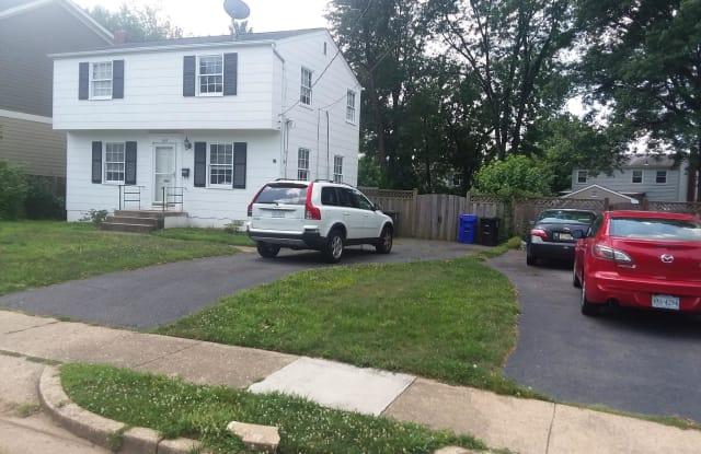 600 N GREENBRIER STREET - 600 North Greenbrier Street, Arlington, VA 22203