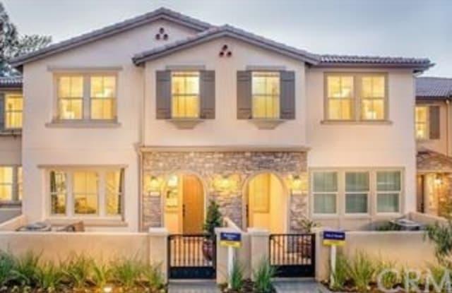 112 Auburn Heights Ln - 112 S Auburn Heights Ln, Anaheim, CA 92807