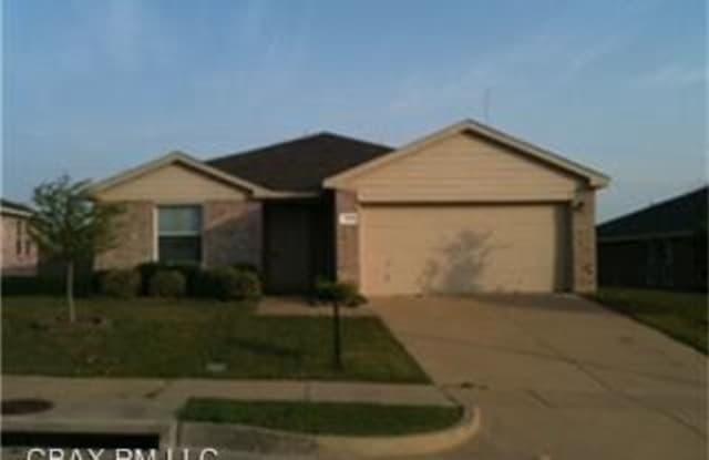 1315 Hayes St - 1315 Hayes St, Cedar Hill, TX 75104