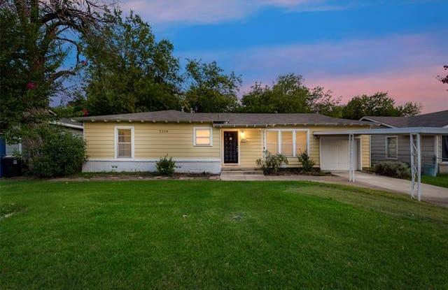 5304 Nadine Drive - 5304 Nadine Drive, Haltom City, TX 76117