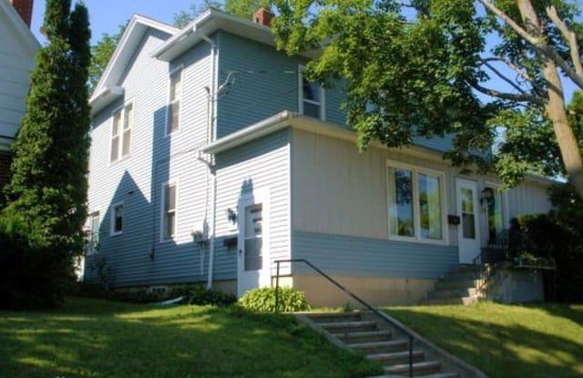 329 W Maple St - 329 West Maple Street, Sturgeon Bay, WI 54235