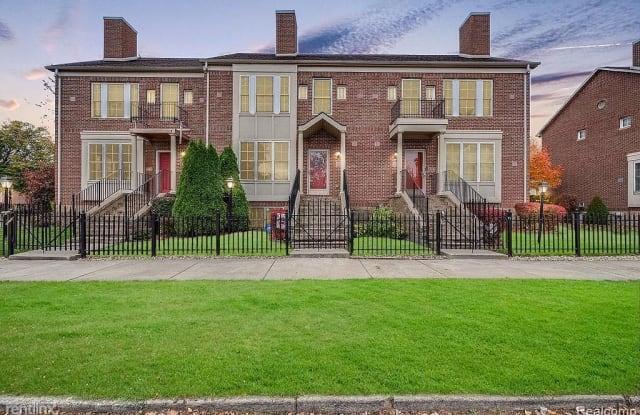 English Village Townhomes at Islandview - 1709 Townsend Street, Detroit, MI 48214