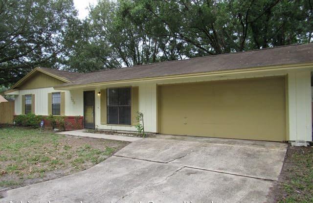 708 Briarwood Dr Seminole - 708 Briarwood Drive, Winter Springs, FL 32708