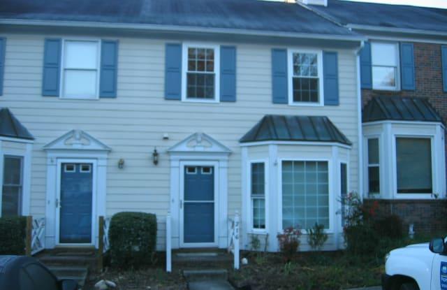 216 Standish Dr - 216 Standish Drive, Chapel Hill, NC 27517