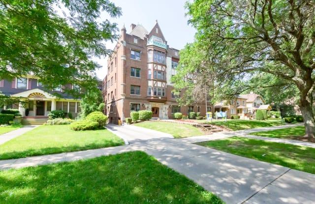 Lake West Apartments - 10507 Lake Avenue, Cleveland, OH 44102