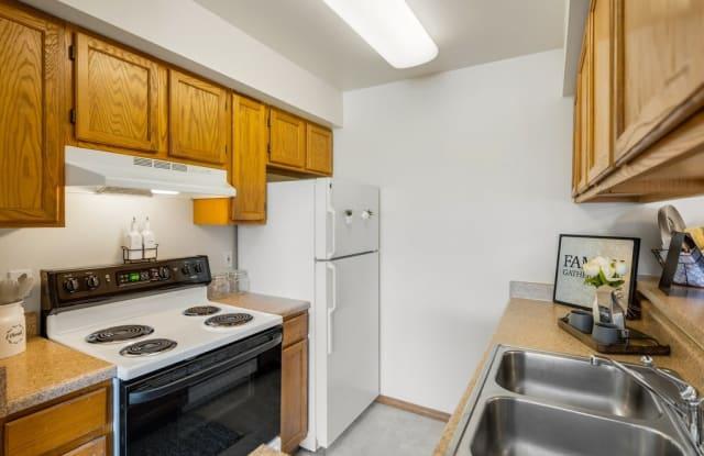 La Maisonnette Apartment Homes - 1340 West 26th Avenue, Anchorage, AK 99503