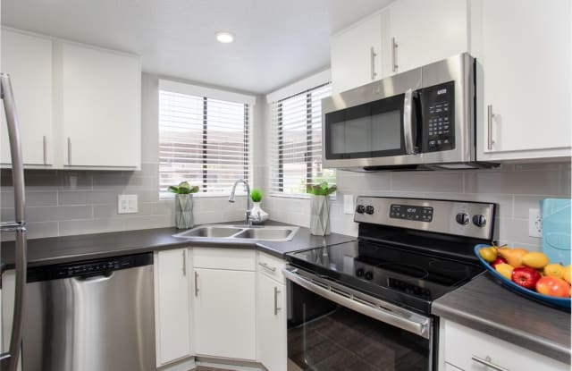 Mosaic Apartments - 7007 E Gold Dust Ave, Scottsdale, AZ 85253