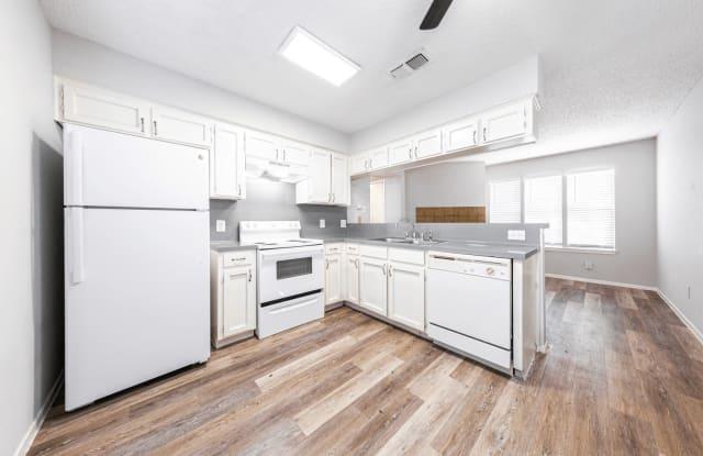 Cherry Hill Lofts - 5609 Cougar Drive, Austin, TX 78745