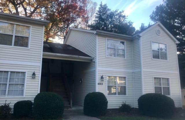 4223-F Edith Lane - 4223 Edith Ln, Greensboro, NC 27409