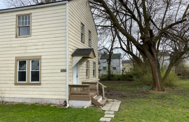 1749 Forest Street-TENANT FINDER - 1749 Forest Street, Columbus, OH 43206