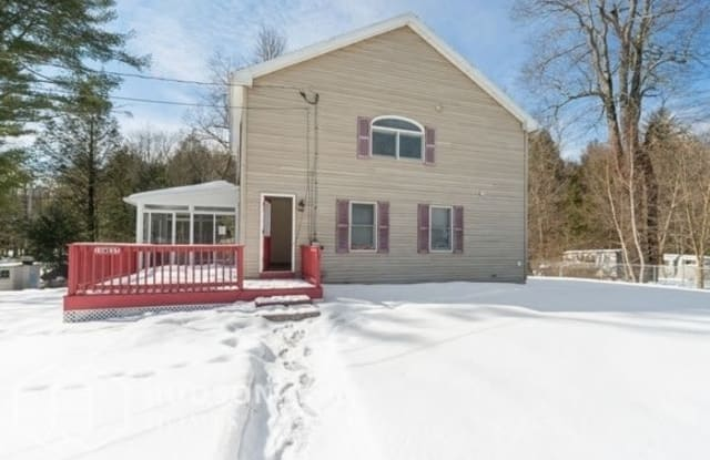 10 West Avenue - 10 West Avenue, Worcester County, MA 01562