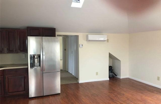 165 Woodcleft Avenue - 165 Woodcleft Avenue, Freeport, NY 11520