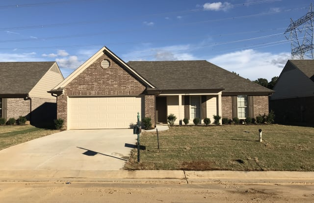 8928 Smith Ranch Dr - 8928 Smith Ranch Dr, Southaven, MS 38671