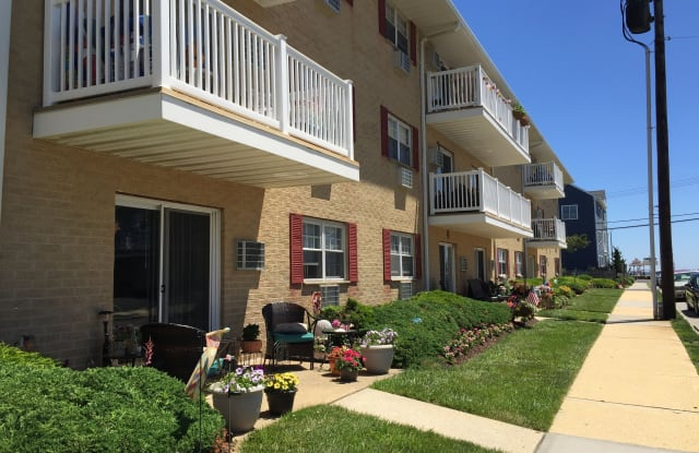 Terrace Lake - 100 Cliff Avenue, Bradley Beach, NJ 07720
