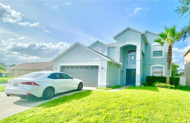 8435 PORT LANCASHIRE DRIVE - 8435 Port Lancashire Drive, Orlando, FL 32829