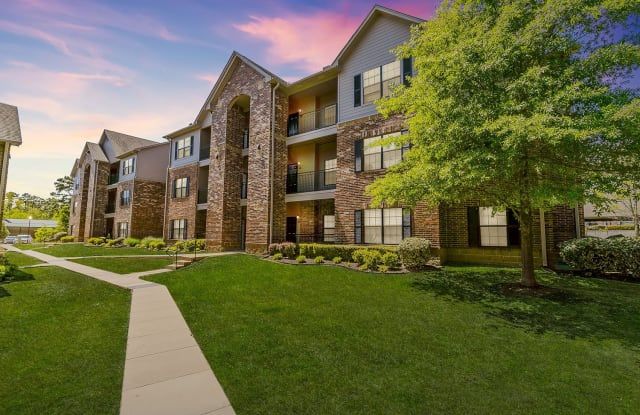 Highland Pointe of Maumelle - 100 Commercial Park Ct, Maumelle, AR 72113