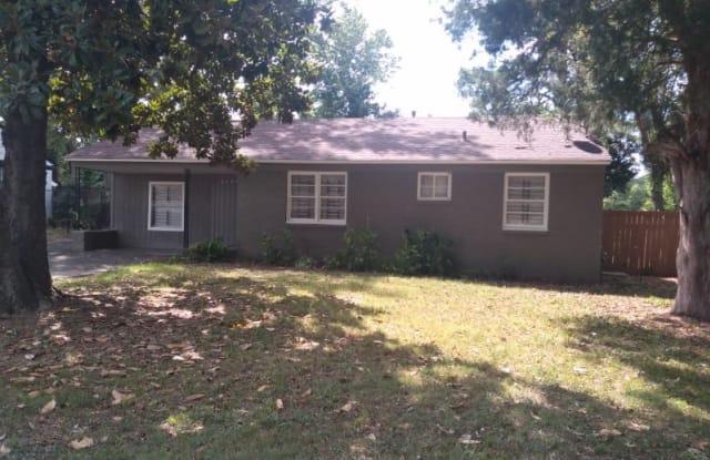 4909 Fairley Rd - 4909 Fairley Road, Memphis, TN 38109