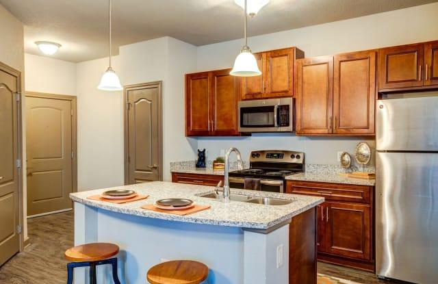Brighton Creek Apartments - 8111 N Denver Ave, Kansas City, MO 64119