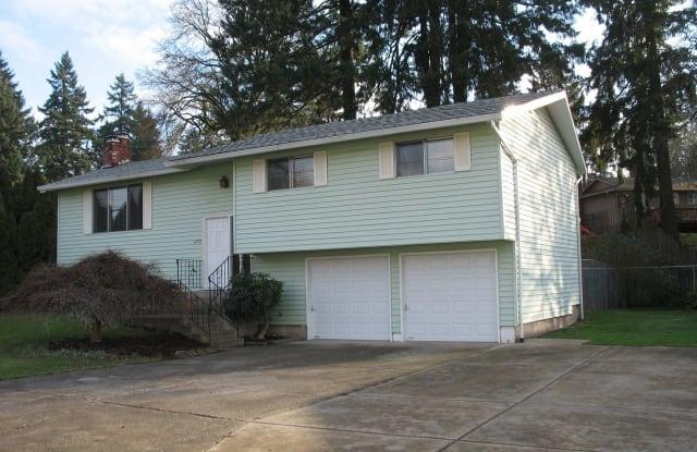4372 SE Hill Rd. - 4372 Southeast Hill Road, Oak Grove, OR 97267