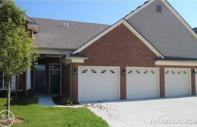 14366 Shadywood Drive - 14366 Shadywood Drive, Sterling Heights, MI 48312