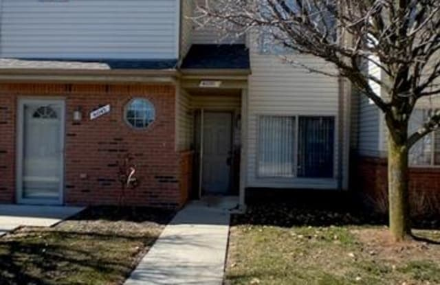 41031 ROSE LANE - 41031 Rose Lane, Macomb County, MI 48036