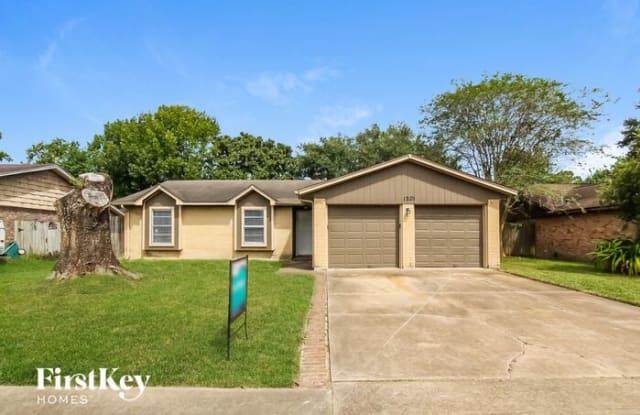 1201 Brookhollow Drive - 1201 Brookhollow Drive, Deer Park, TX 77536
